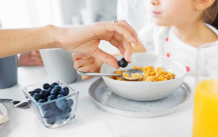 why skipping breakfast puts kids on the wrong track