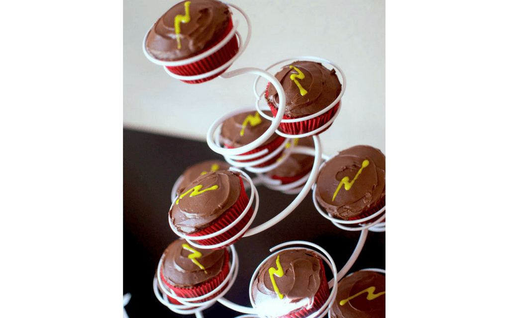 Harry Potter food chocolate lightening cupcakes from Cupcake Diaries