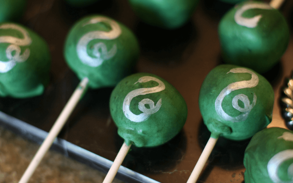 Harry Potter food slytherin cake pops from HMH Designs