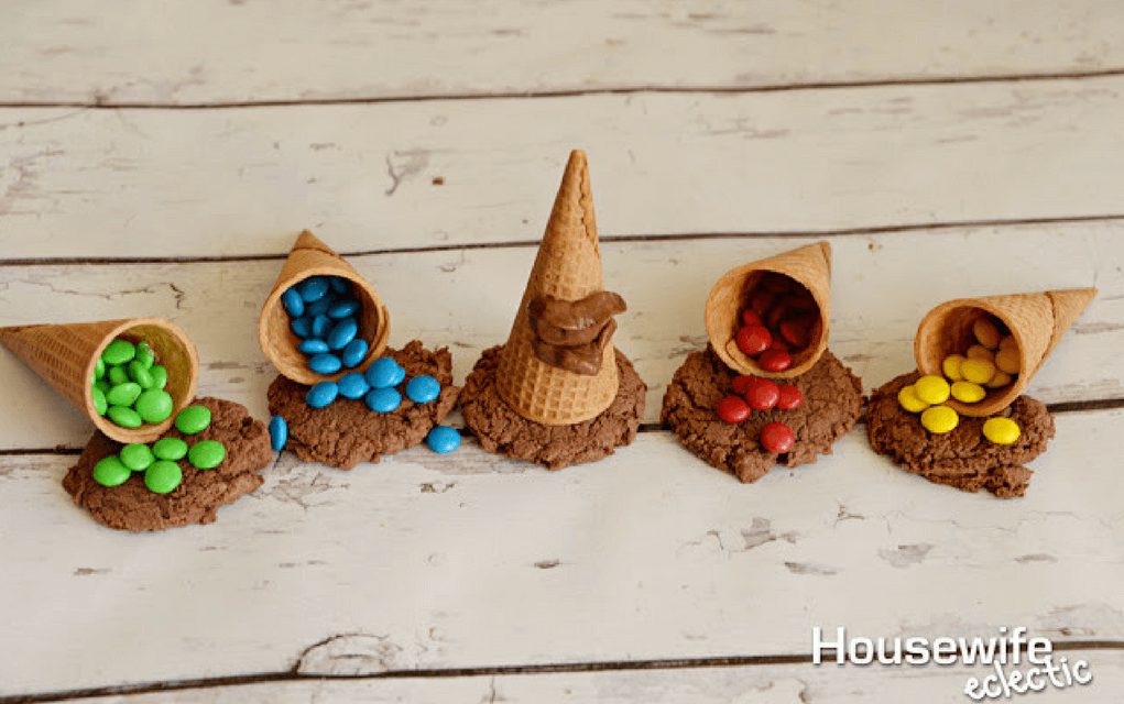 Harry Potter food sorting hat cookie cones from Housewife Eclectic