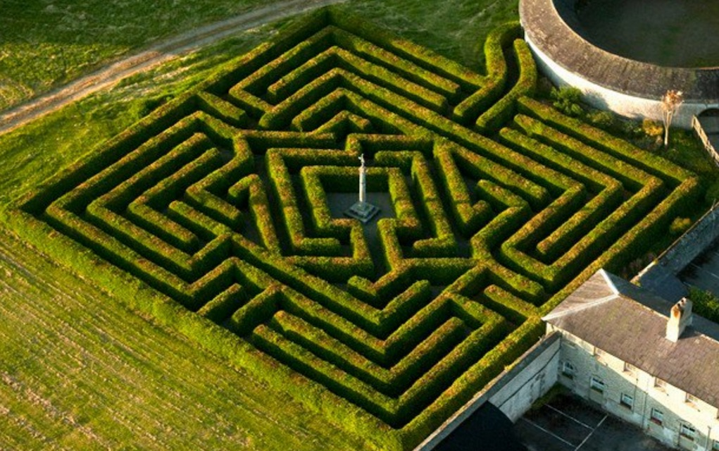 Mazes in Ireland Russborough House Maze