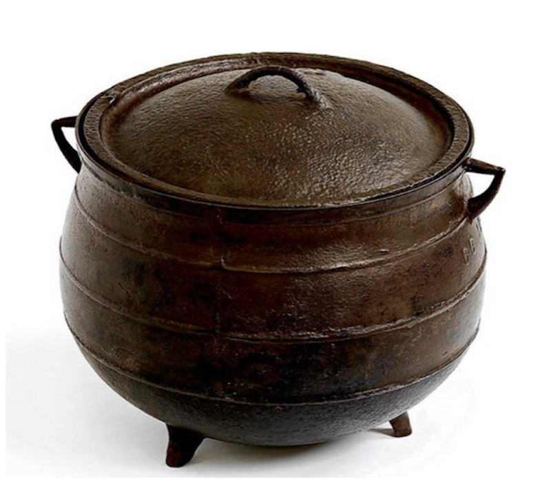 NMI National Museum of ireland cooking pot