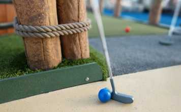 Places to Play Mini Golf and Pitch and Putt in Ireland