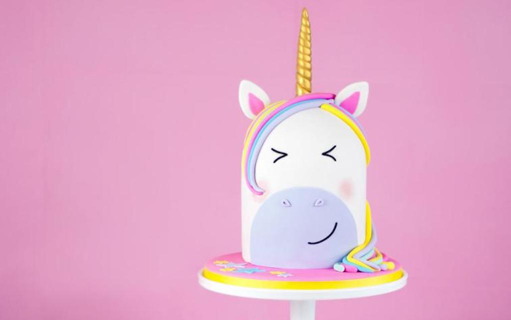Unicorn cake ideas double height single tier unicorn cake