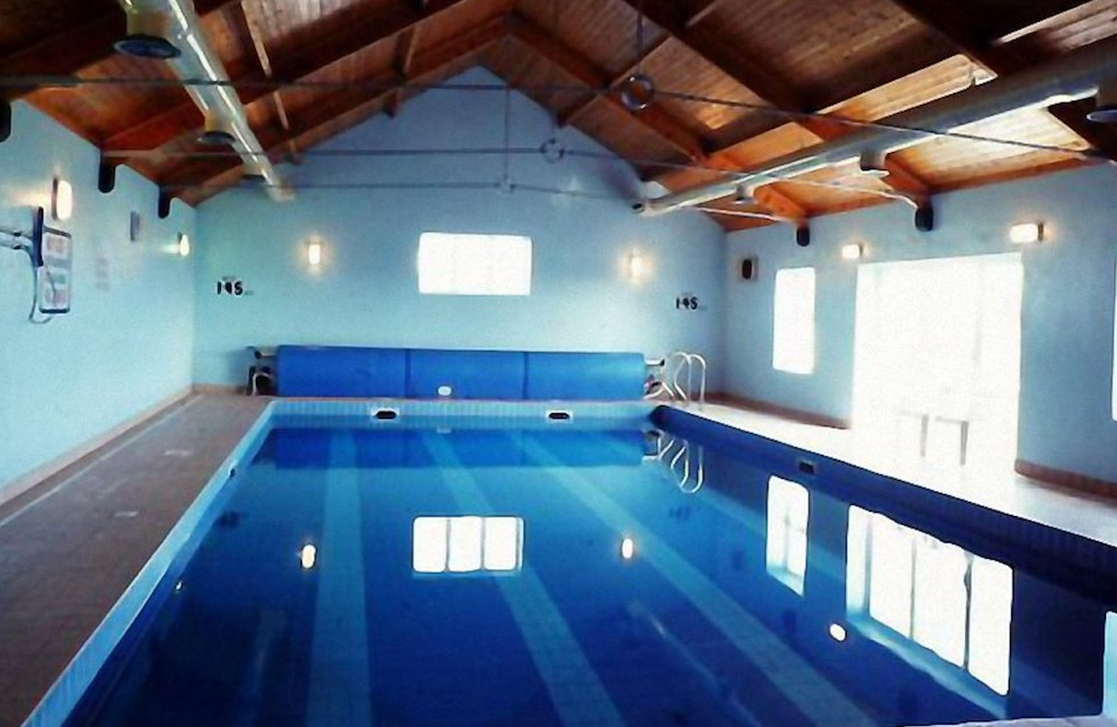 swimming pool at quilty cottages self catering accommodation in Ireland