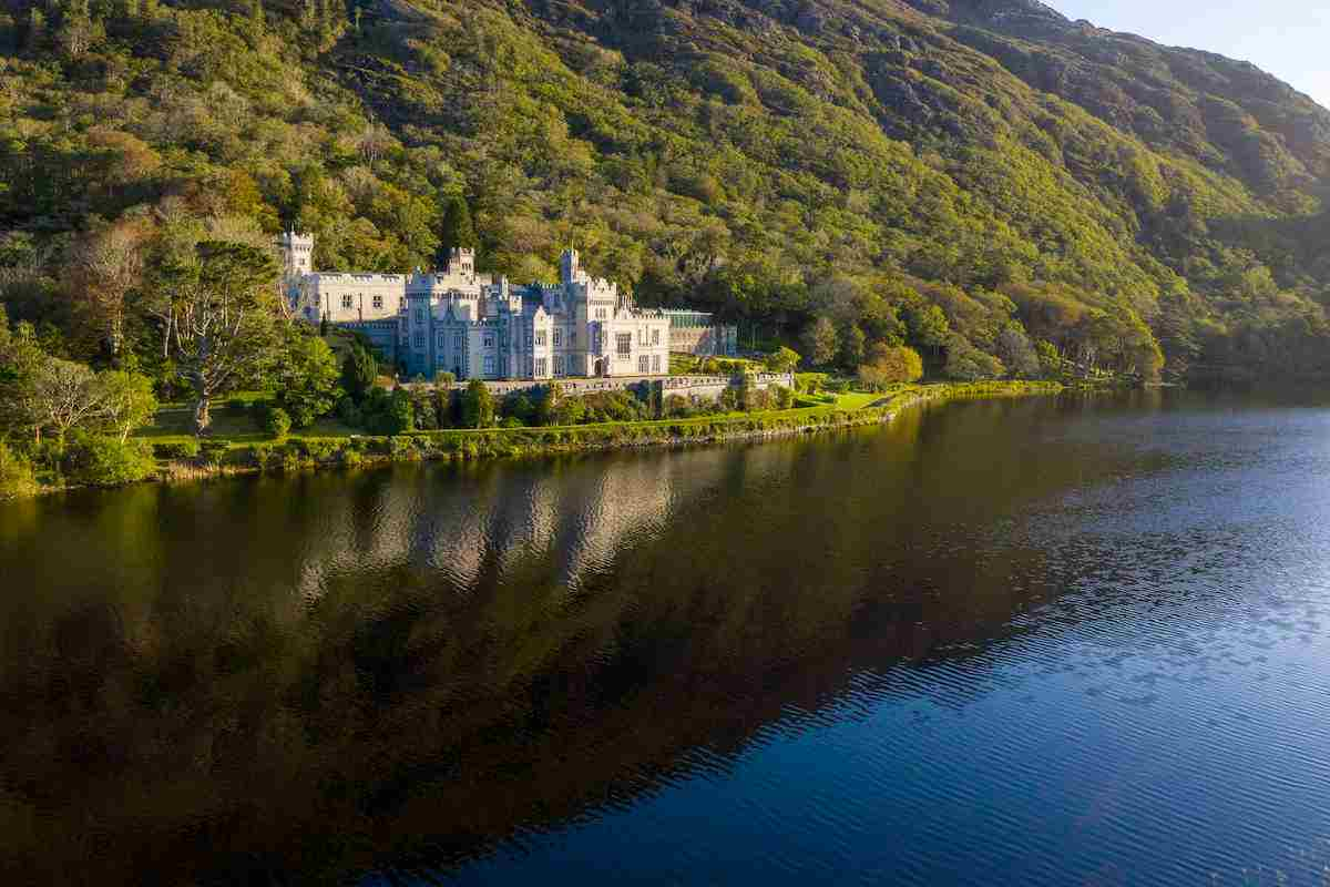 Kylemore Abbey for castle in Ireland