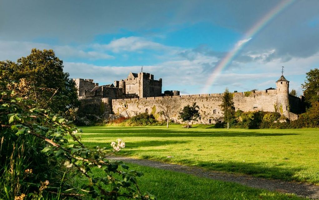 cahir castle historic places in Ireland horrible histories in Ireland
