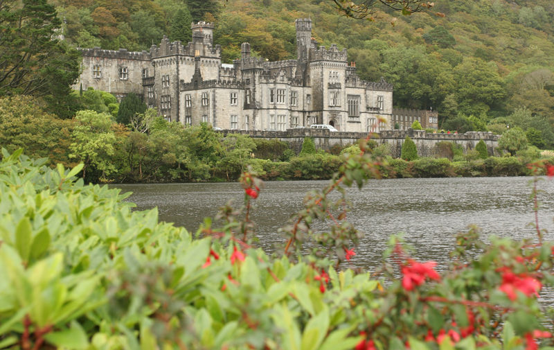 kylemore abbey best castles in Ireland