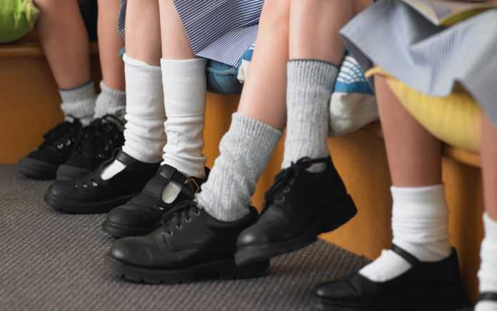 tips for buying school shoes school unifroms