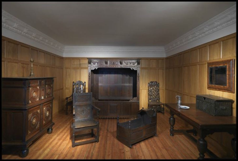 17th century bedroom at NMI Decorative Arts & History Museum