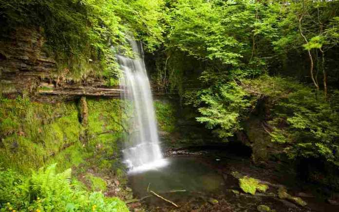 Glencar-Waterfall-outdoor places in leitrim