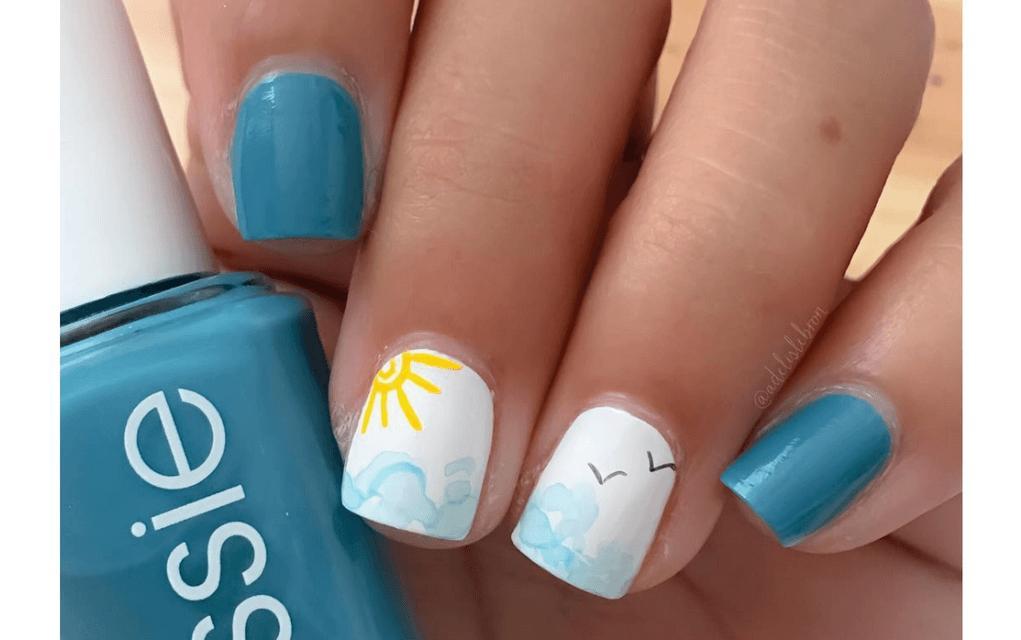 Summer-nails seaside design