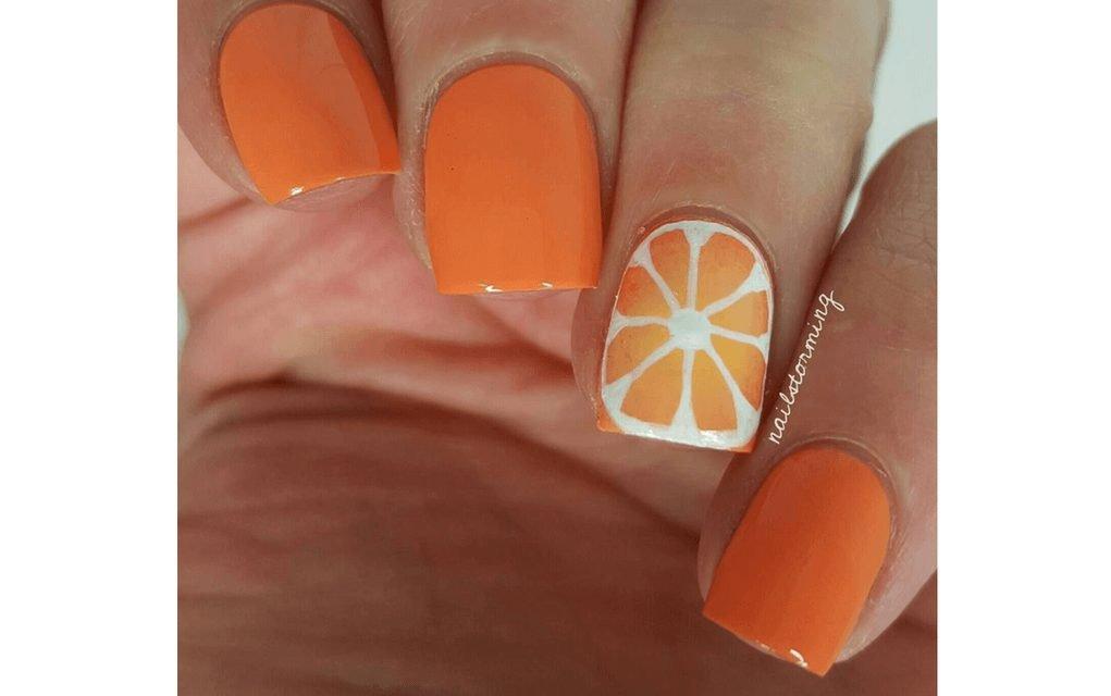 Summer nails slice of orange