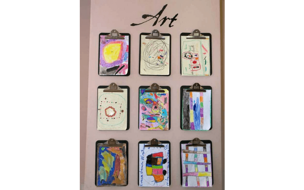 Clipboard art display from Organizing lady for Display your child's artwork