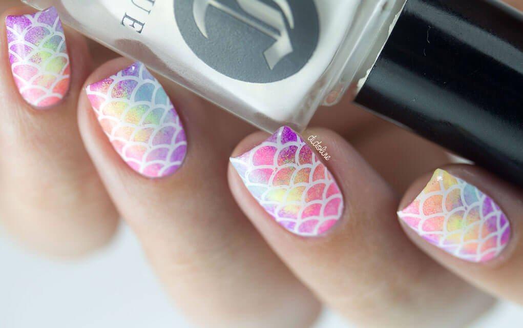 summer nails rainbow mermaid