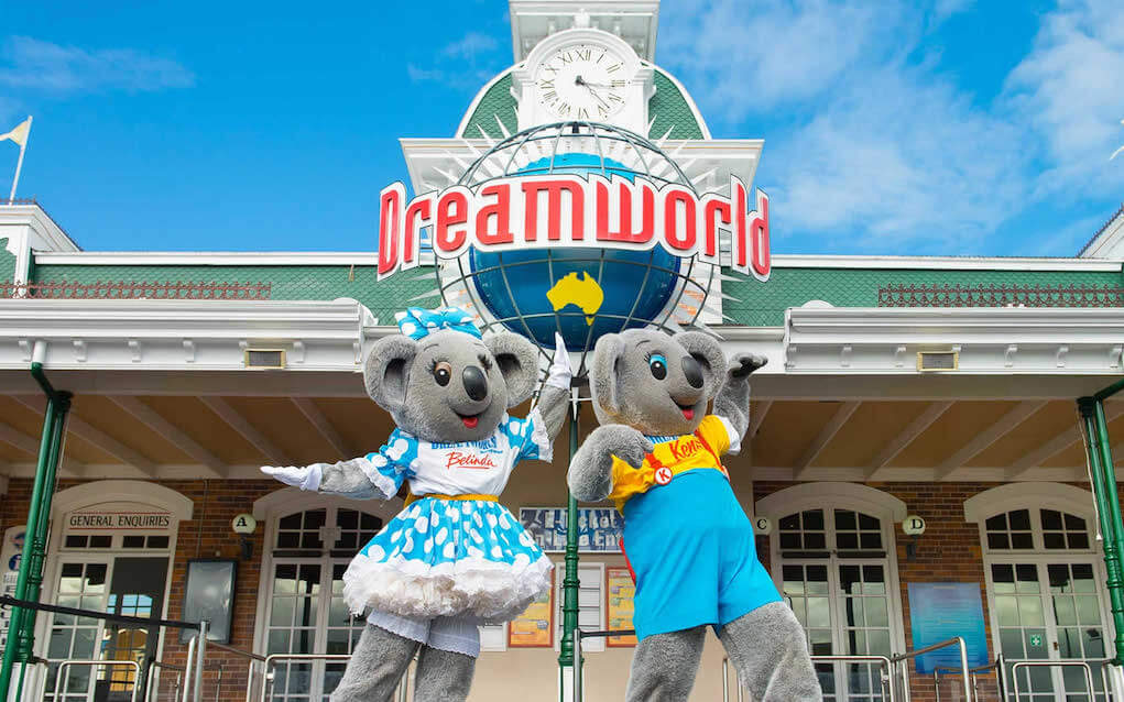 Dreamworld for things to do in brisbane