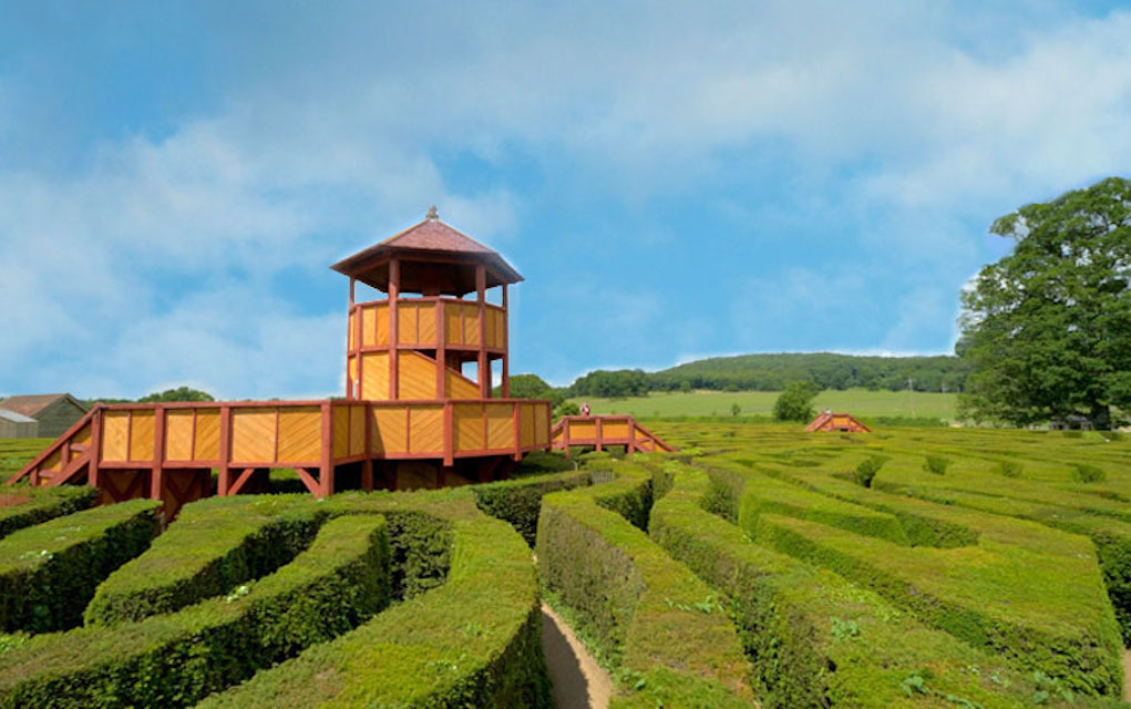 Longleat hedge maze for mazes in the UK