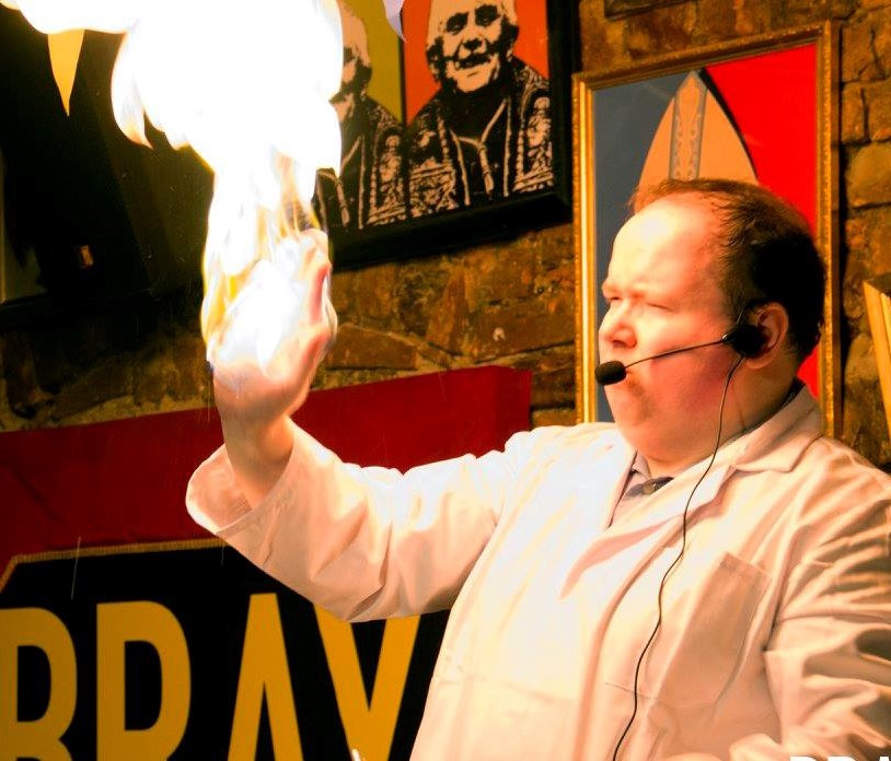 Donal Vaughan Science Magic dlr mill theatre things to do with kids