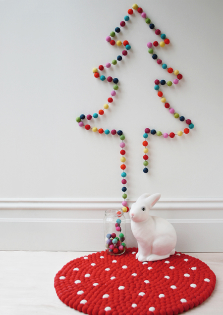 christmas tree made from pompoms