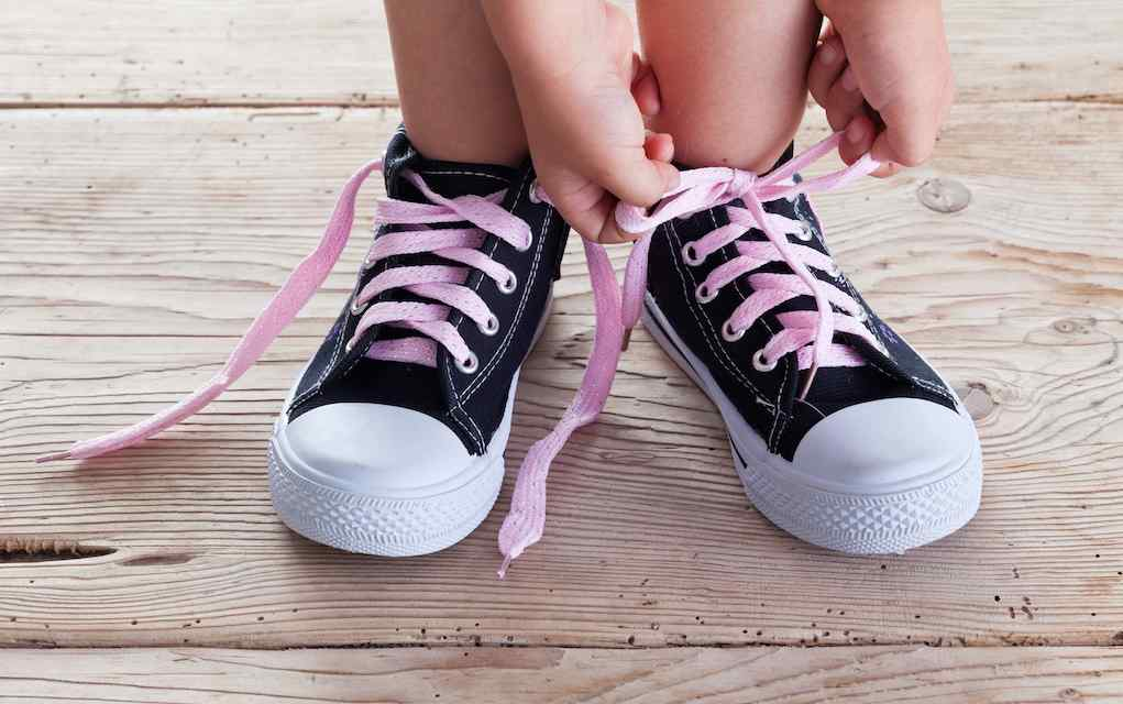 child shoe laces life skills (1)