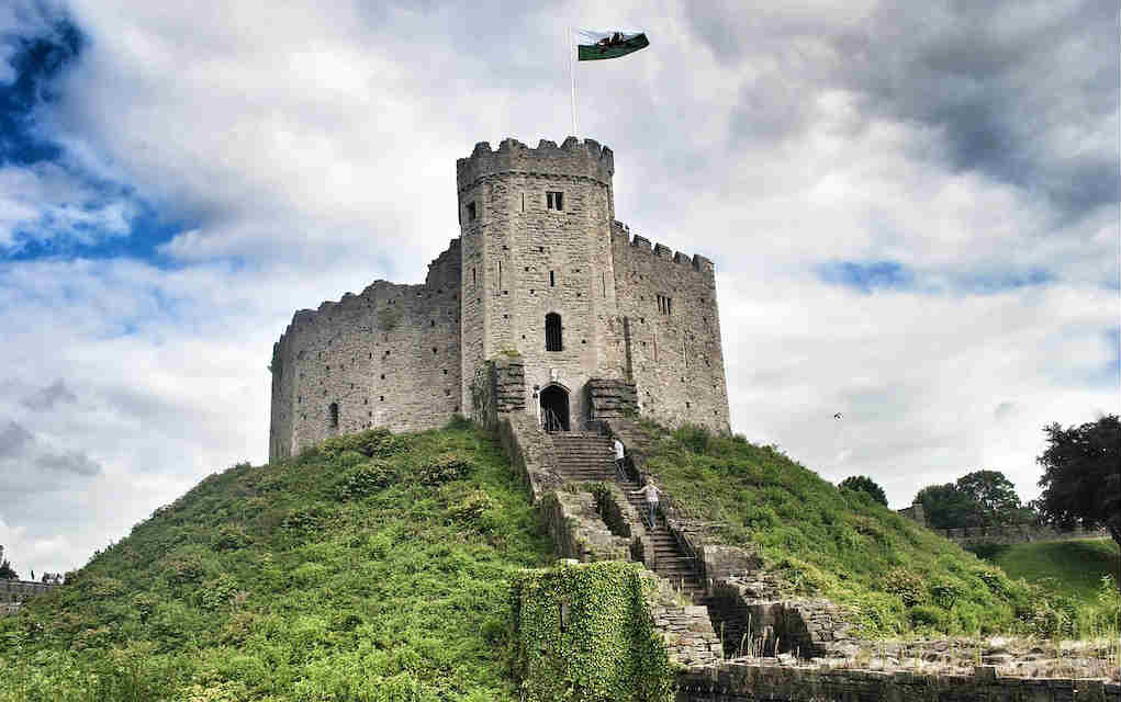 Cardiff Castle - Mykidstime castles in England, Scotland and Wales