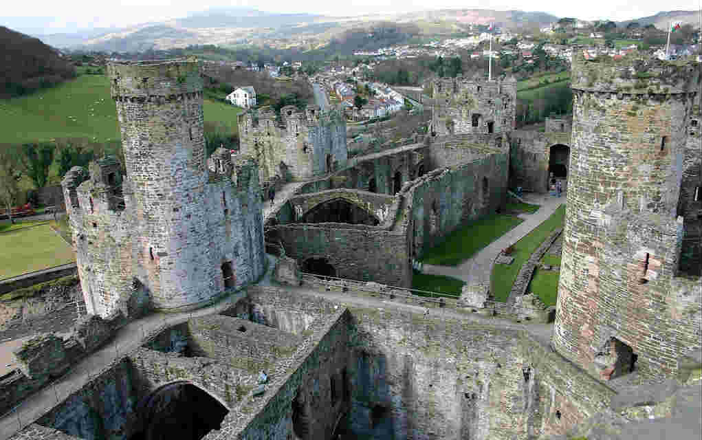Conwy Castle - Mykidstime castles in England, Scotland and Wales