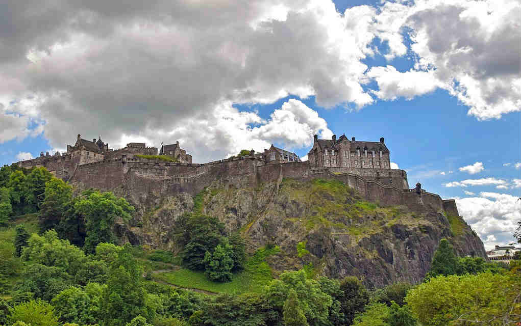 Edinburgh Castle - Mykidstime castles in England, Scotland and Wales