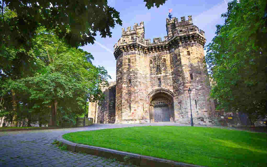 Lancaster Castle - Mykidstime castles in England, Scotland and Wales