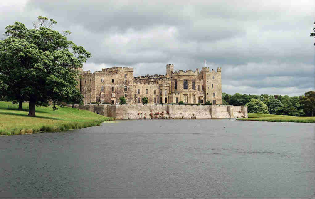 Raby Castle - Mykidstime castles in England, Scotland and Wales