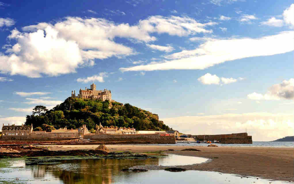 St Michael's Mount - Mykidstime castles in England, Scotland and Wales