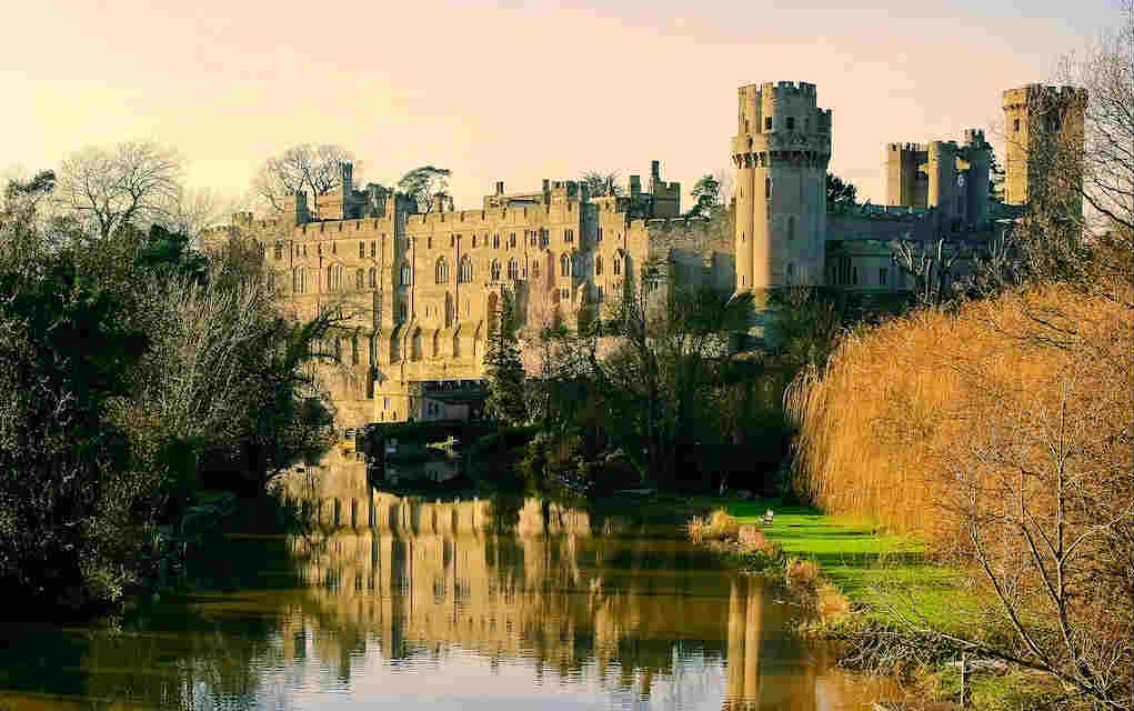 Warwick Castle - Mykidstime castles in England, Scotland and Wales