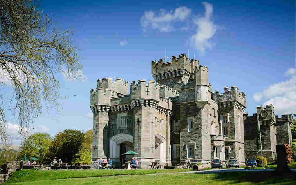 Wray Castle - Mykidstime castles in England, Scotland and Wales