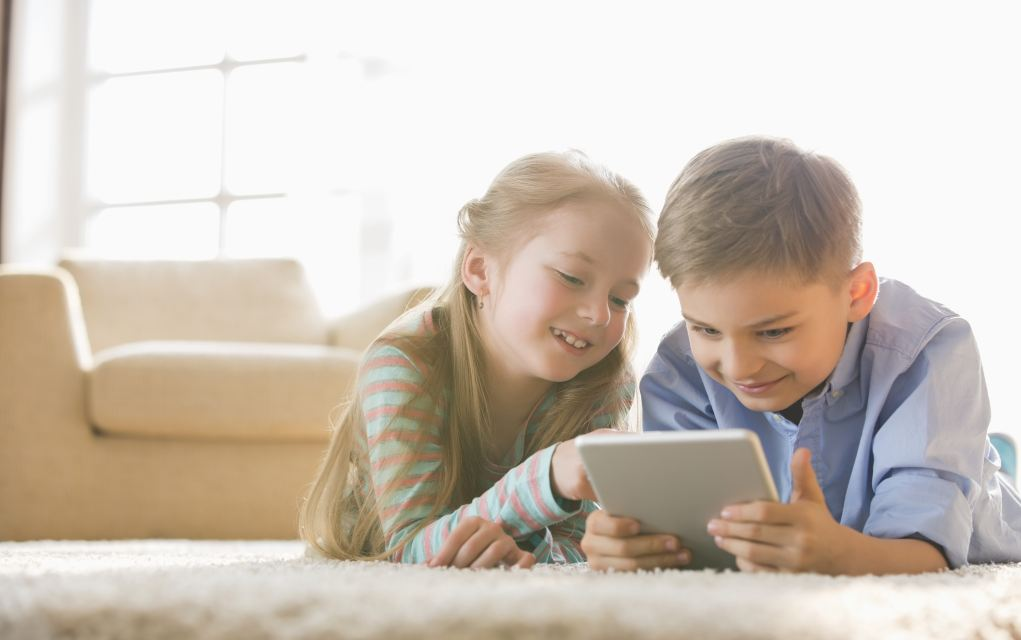 free science apps for kids girl and boy