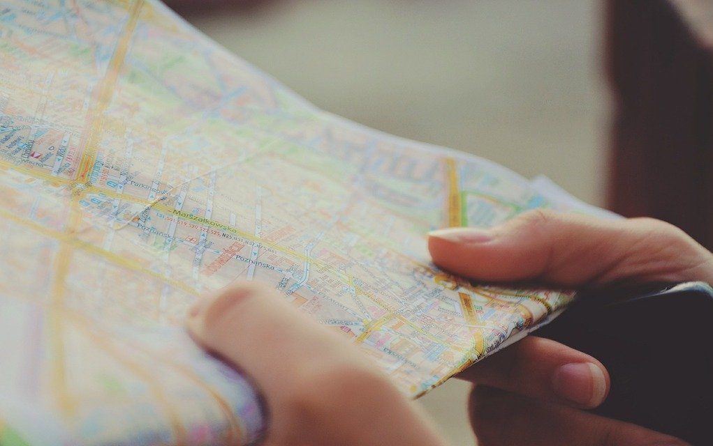 Map how to keep kids entertained during flight delays