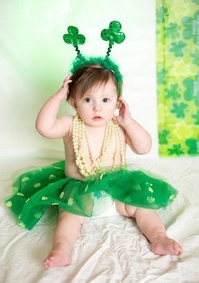 St Patricks Day Outfit essentials for going to the St Patrick's day parade