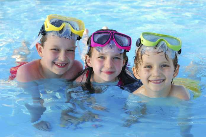 Clonakilty Park Hotel kids in swimming pool