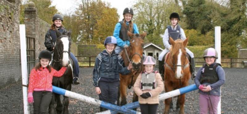 ladestown riding stables pony camp
