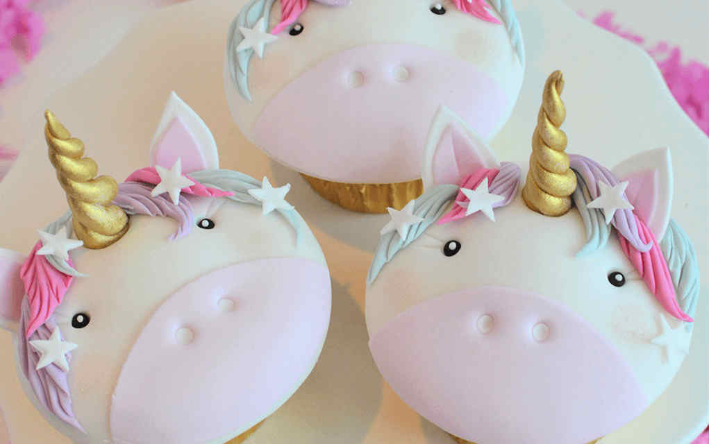 unicorn cupcakes - Party Delights - Mykidstime unicorn party food