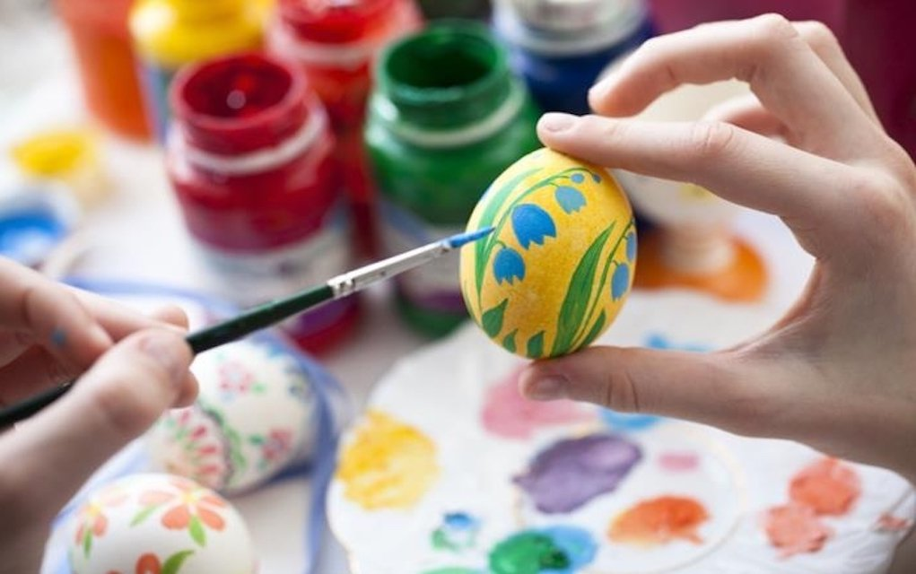 Easter Egg Painting Discover Bundoran family things to do in Ireland this Easter What's on in Donegal