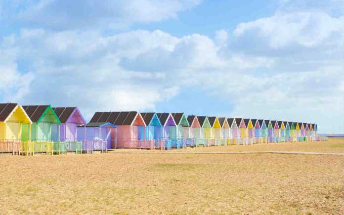 UK beach huts for best beaches in UK - Mykidstime