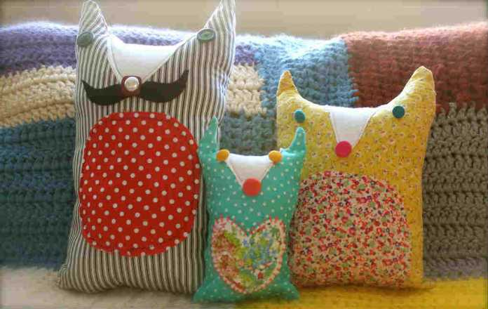 Patchwork pillows for fabric scrap crafts - Mykidstime