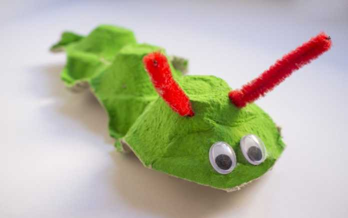 egg carton crafts caterpillar