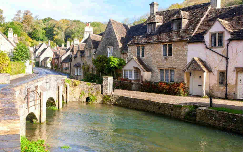 Cotswolds for best UK holiday destinations - Mykidstime