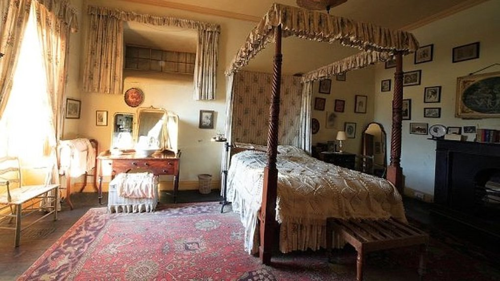 ladies bedchamber at Strokestown Park House fun things to do with kids in Roscommon