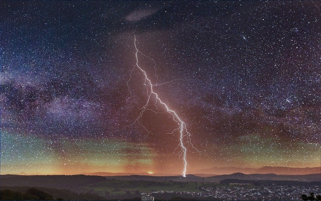 lightening in a night sky fun science facts about lightening