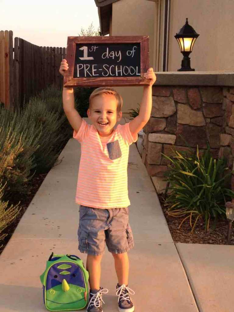 1st day of school photo chalk board idea