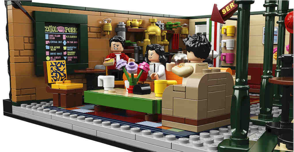 LEGO Central Perk closeup_1