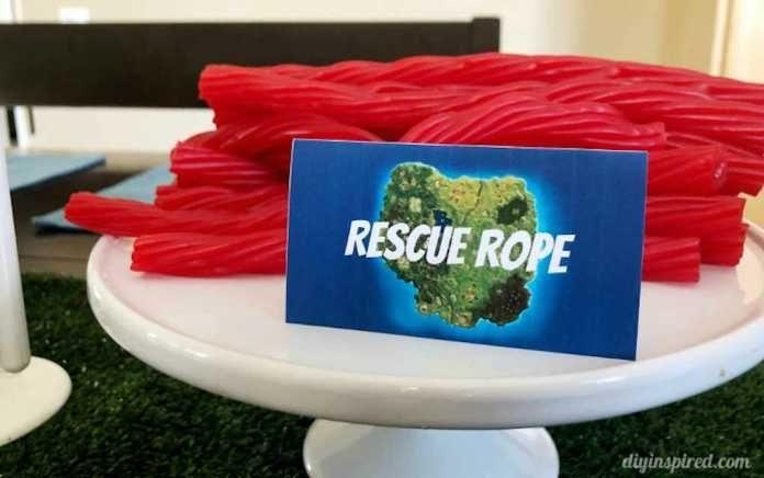 Fortnite party food rescue rope