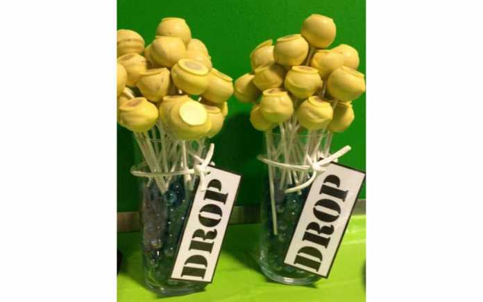 Fortnite cake pops