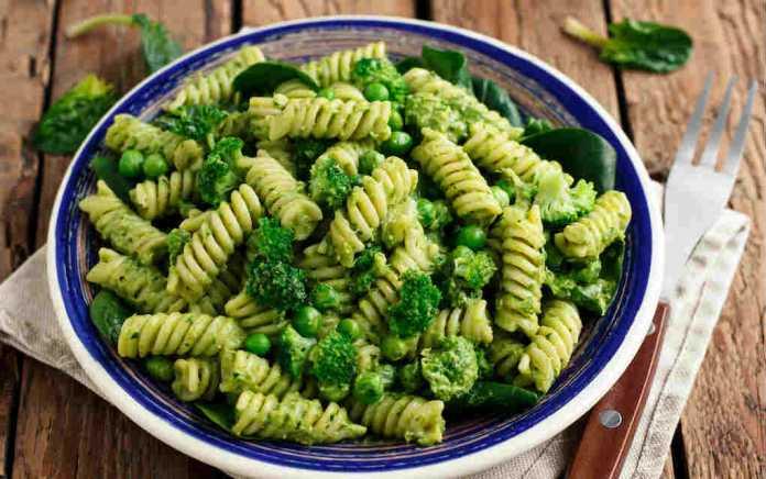 Easy peasy pesto pasta